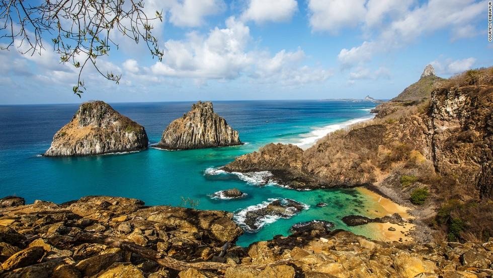 Fernando-de-Noronha- voyage-sejours-tours-brésil-bresil-brazil-recife-natal-agence-de-voyage-francophone-voyage-de-noce-tours-