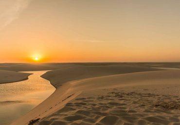 coucher de soleil parc des lençois maranhenses brésil atins