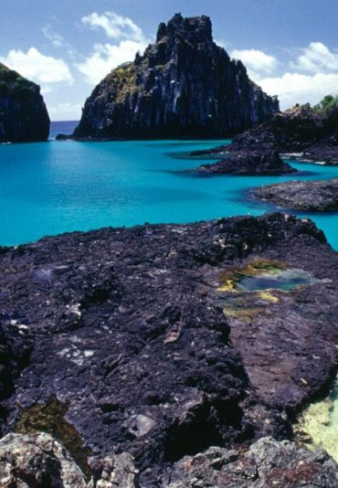 fernando de noronha, tours , off beathen path tours